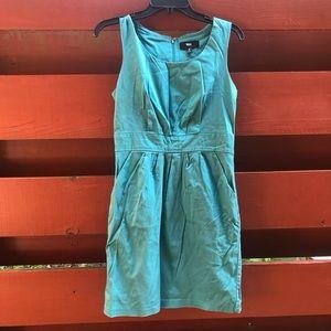 3/$10! Mossimo shift dress